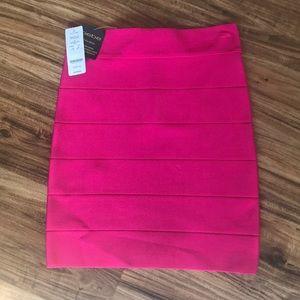 Bebe brand new skirt